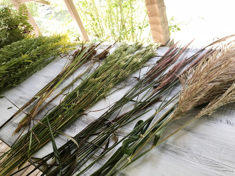 Decorating for Fall with wild gathered grasses