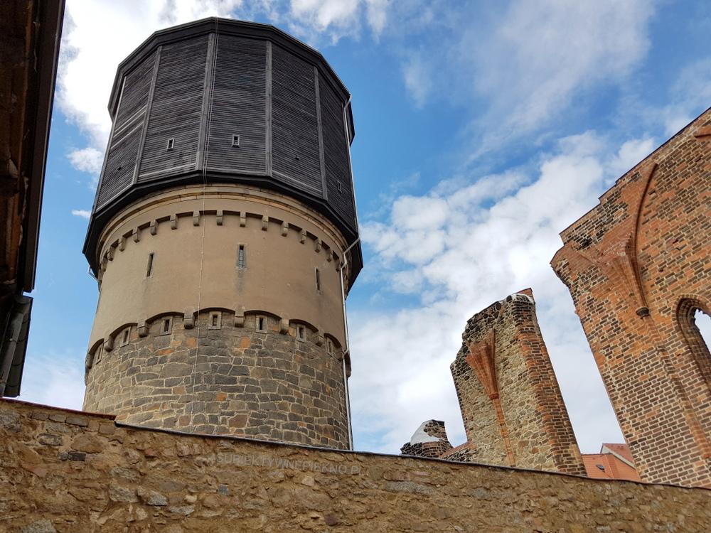 Budziszyn co zobaczyć i zwiedzić? Stara Wieża Wodna i ruiny klasztoru