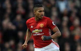 Manchester United Perpanjang Kontrak Antonio Valencia