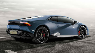 2016 Lamborghini Huracan Avio right side rear view