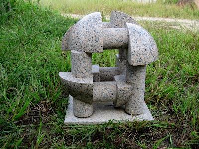 万成石の彫刻