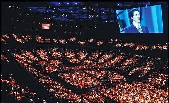 Iglesia Lakewood de Joel Osteen es la iglesia más grande de Estados Unidos