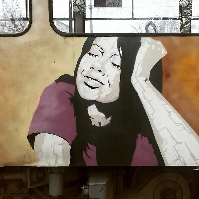 Живопись на калининградском трамвае