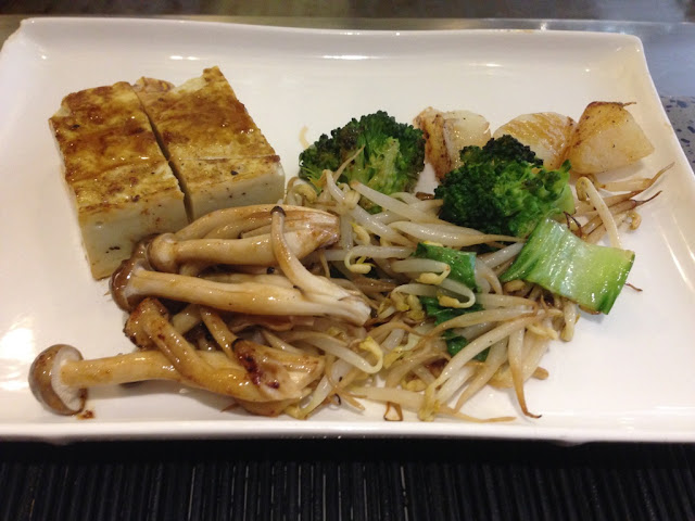 Tofu adalah tahu Jepang, foodstyling, eat and treats