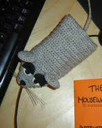 http://www.ravelry.com/patterns/library/the-mousewarmer