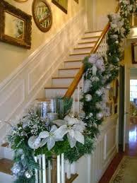 Decorar una escalera en navidad colores en casa - Decorazioni pareti scale interne ...