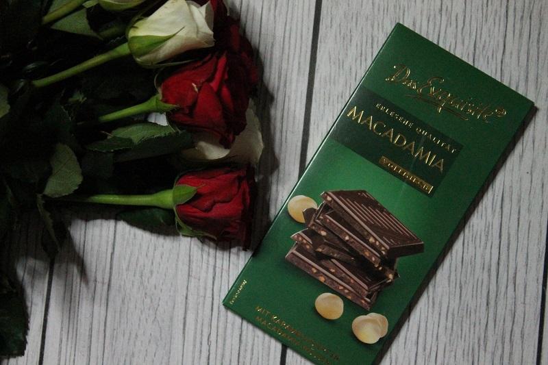Das Exquisite czekolada mleczna z karmelizowanymi migdałami