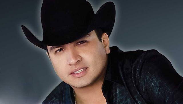 Julion Alvarez en Aguascalientes primera fila baratos no agotados
