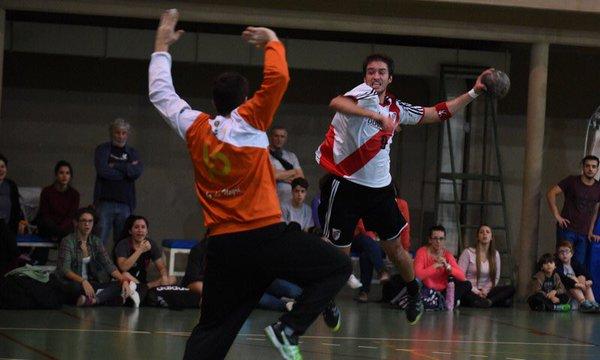 Facundo Cangiani jugando para River Plate