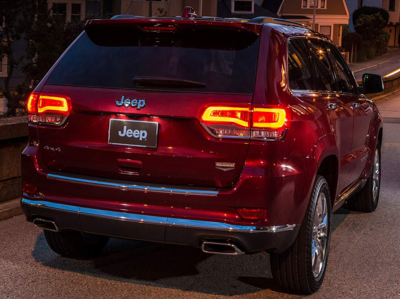 jeep grand cherokee 2014 recall por problema no esp car blog br. Black Bedroom Furniture Sets. Home Design Ideas