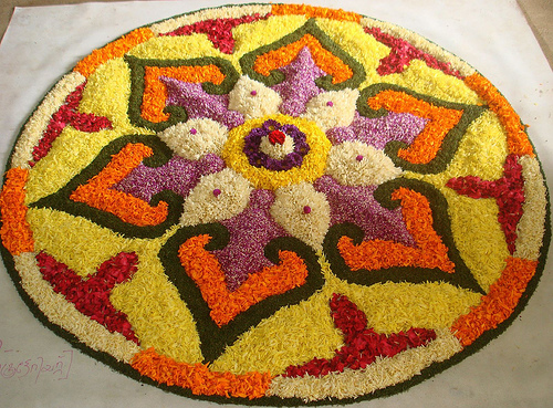 Rangoli-Designs-With-Flowers-Petals