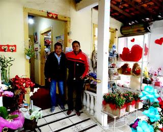 Mário e Alex Onoda, os donos da Flores Casa Blanca