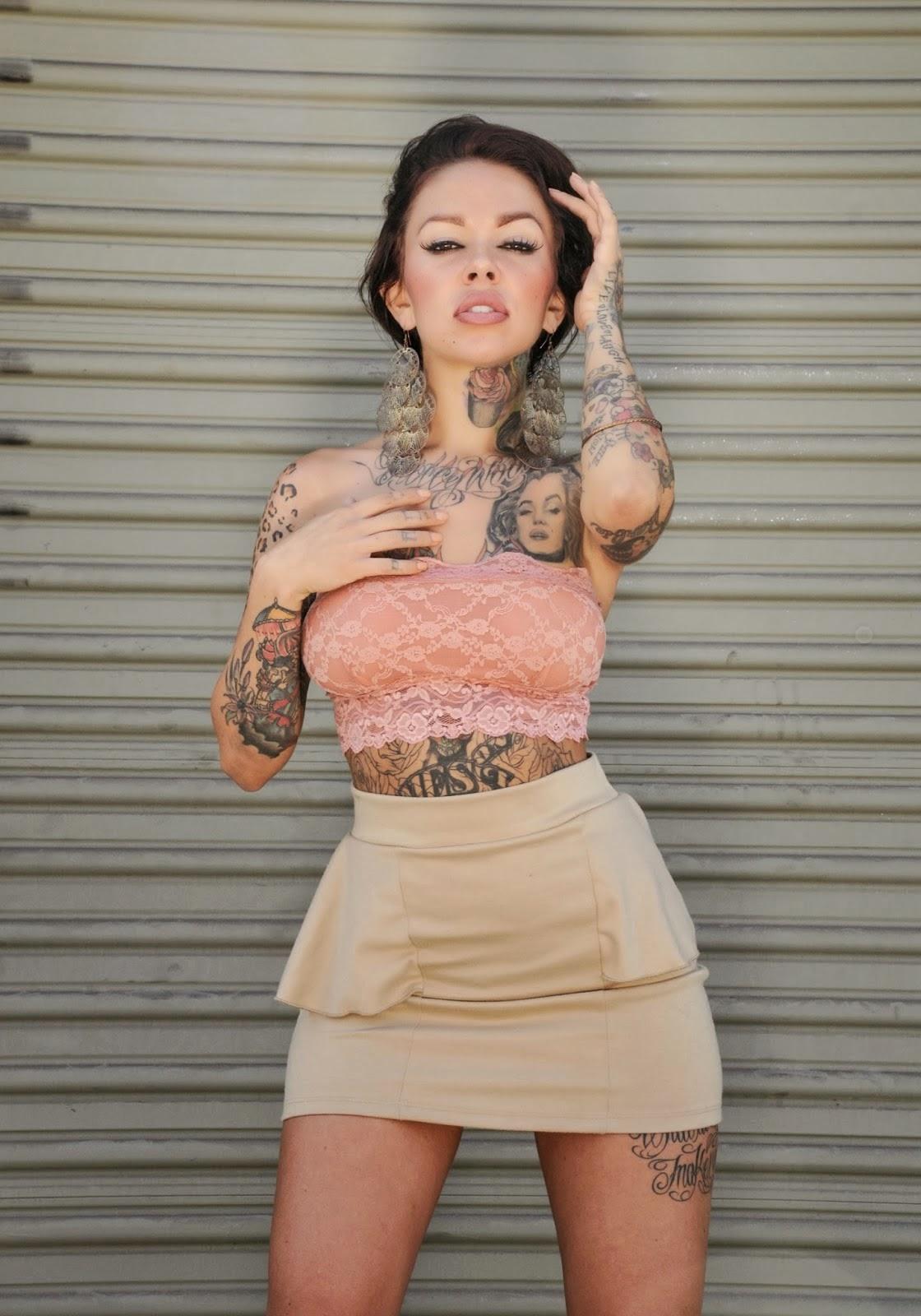 julia bond tattoos