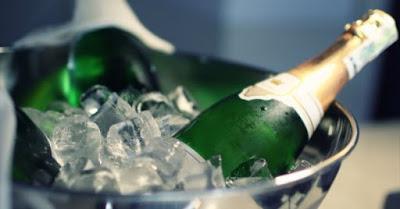 Blog vin Beaux-Vins accessoires winelover seau dégustation oenologie