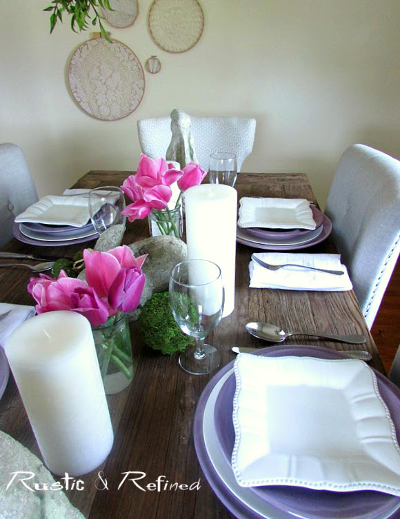 Tablescape to entertain family and friends in style