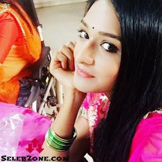 Profil Aishwarya Khare