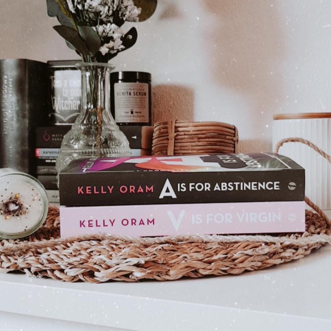 Bücherblog. Kooperation. ONE-Blogger. 2020. Unboxing - Part 4. A is for Abstinence von Kelly Oram