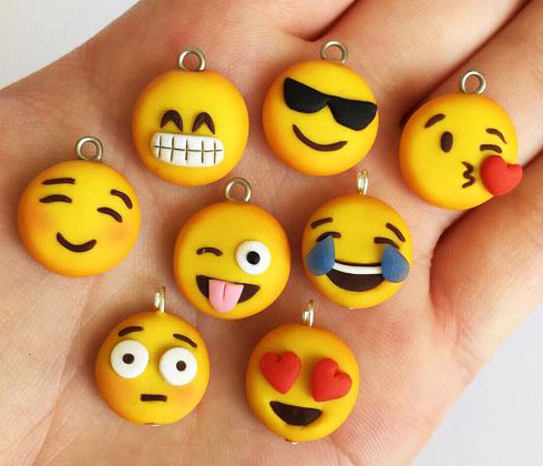 mainan clay emoticon