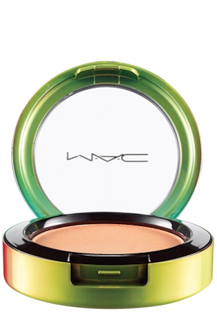 M·A·C 'Wash & Dry' Powder Blush crisp whites