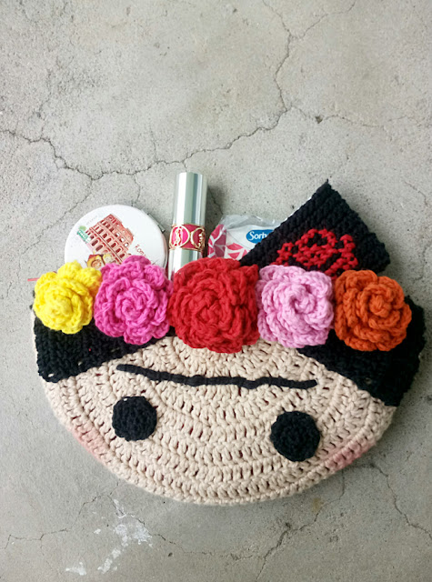 https://mummymummyhecalled.wordpress.com/2017/07/03/crochet-frida-clutch/