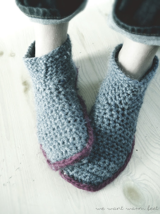 Two-tone slipper boots in jean heather and cardinal pink - good morning crochet