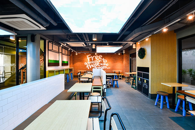 New McDo Branch Opens in Tagaytay and The View is Breathtaking!