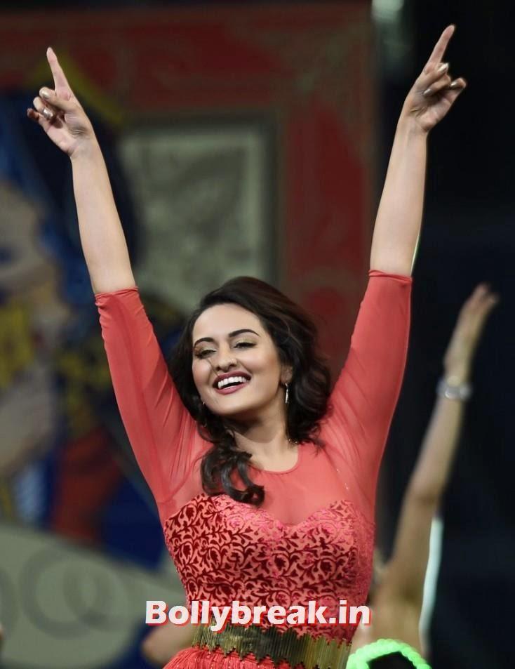 Sonakshi Sinha, IIFA 2014 Dance Performance Pics