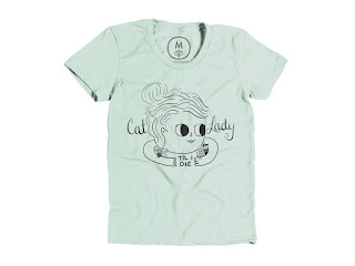 "T-shirt with ""Cat lady til I die"" printed on it."