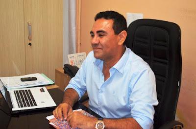 Resultado de imagem para valderedo bertoldo imagem do prefeito de ipanguaçu