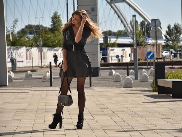 |OUTFIT| Grey Dress |  Je povinnosťou Blogerky vyzerať vždy tip-top?