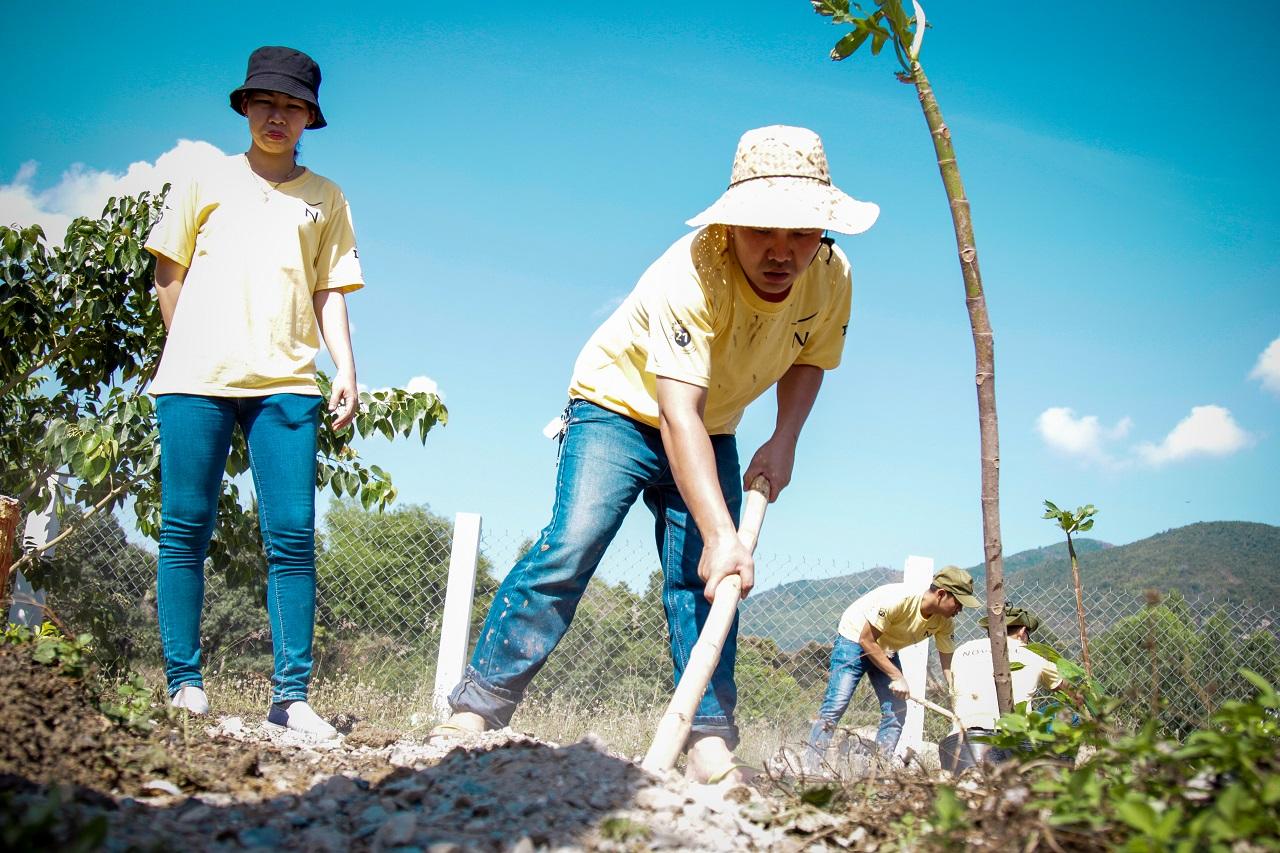 Wanderlust Tips Magazine | Shade trees for children