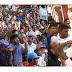பொது மக்கள் பல இலட்சம் பேர் மஹிந்த ராஜபக்ஷ தலைமையில் கண்டியில் இருந்து கொழும்பு நோக்கி..? i