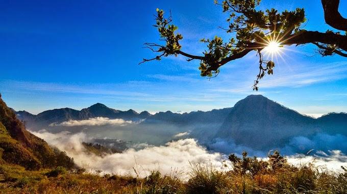 Climbing Mount Rinjani Package 4 days 3 nights starting from Sembalun