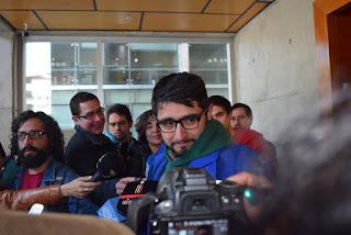 Colegio de Periodistas en alerta por caso de periodista detenido