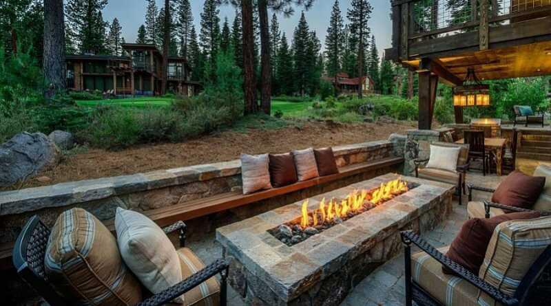 Essentials For Creating Cozy Outdoor Living Room Design Ideas