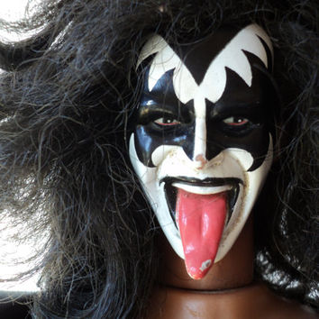 Gene Simmons Kiss Face Paint