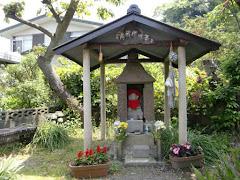 鎌倉花咲地蔵