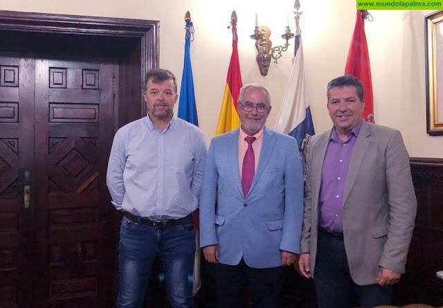 El alcalde de Santa Cruz de La Palma se reúne con el presidente de Fepeco