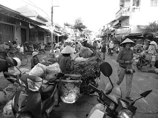 Vietnam, Hoi An market, black and white
