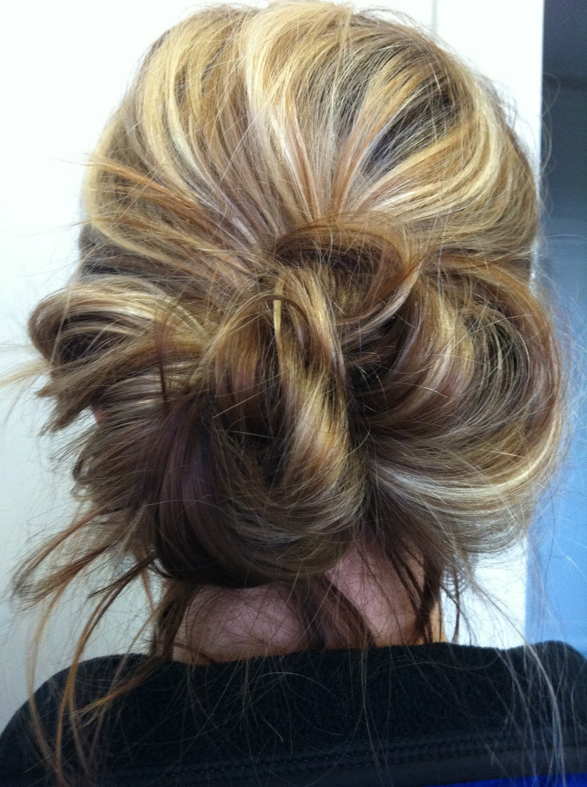 Bye Bye Beehive │ A Hairstyle Blog: My Messy Bun As Of Late
