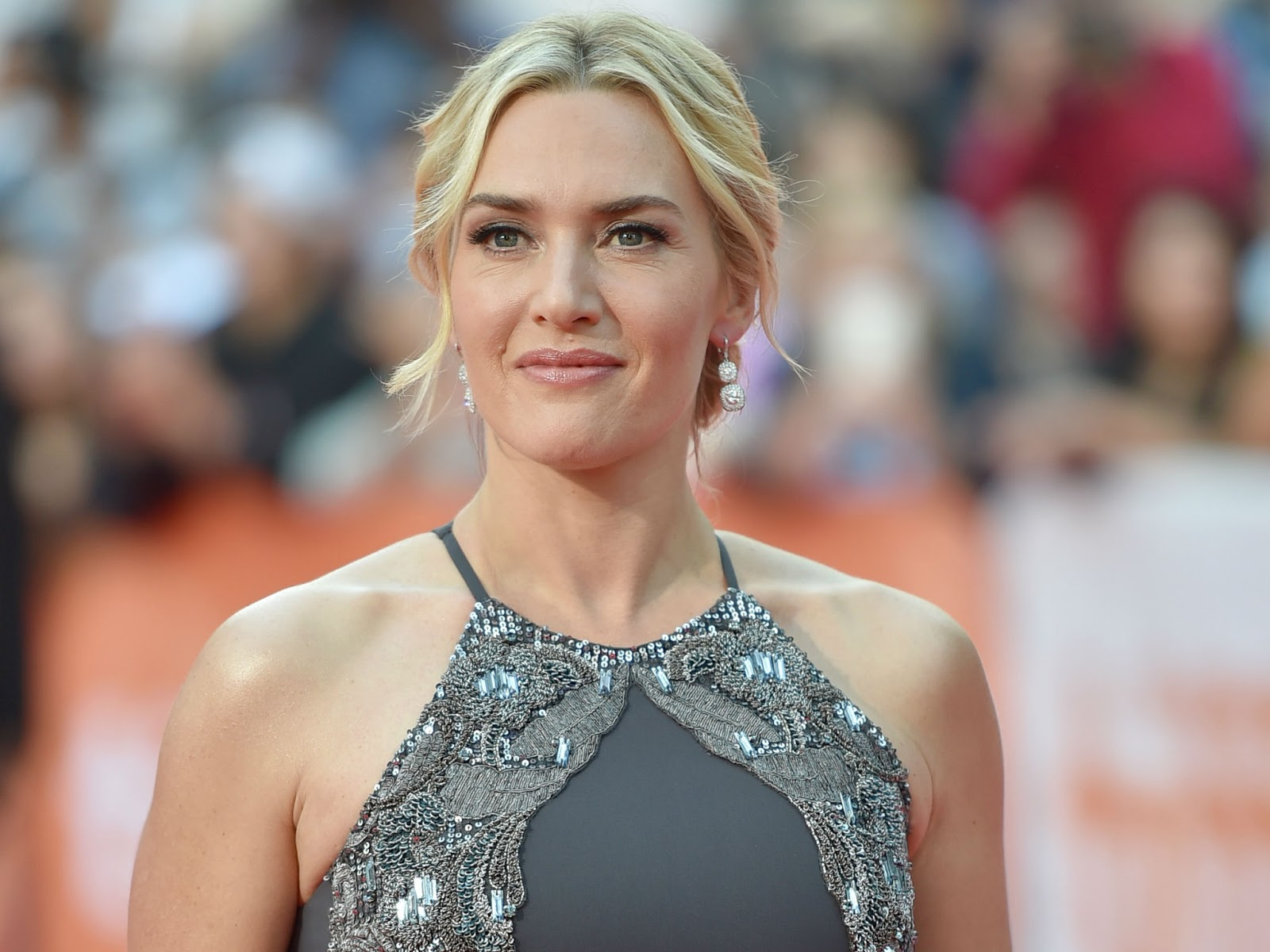Kate Winslet Reunite With James Cameron For Avatar Sequel.