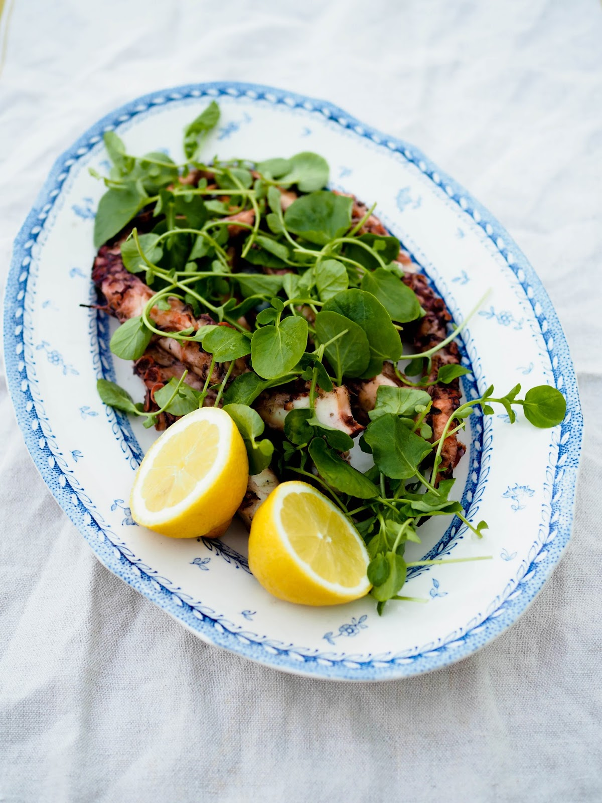 Mustekalan käsittely, mustekalan keittäminen, raa'an mustekalan keittäminen, grillattu mustekala