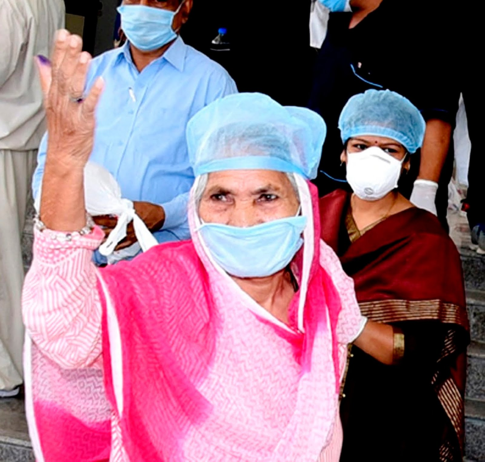 Ratlam News- 75 वर्षीय अस्थमा पेशेंट ने हौसले के साथ कोरोना से जंग जीती