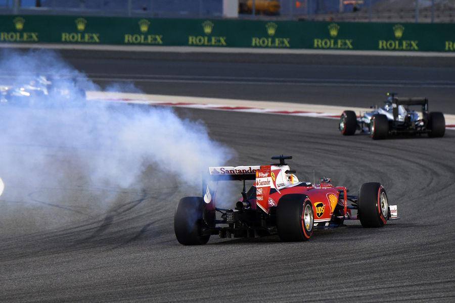 https://3.bp.blogspot.com/-Q8eidd9Uexs/VwNyMbwAz1I/AAAAAAAAOco/lM0DgmRmuNINz7qUE2K6nXXviZNckvPSA/s1600/Sebastian-Vettel-GP-Bahrain-2016-fotoshowBigImage-1e3af1cf-939633.jpg