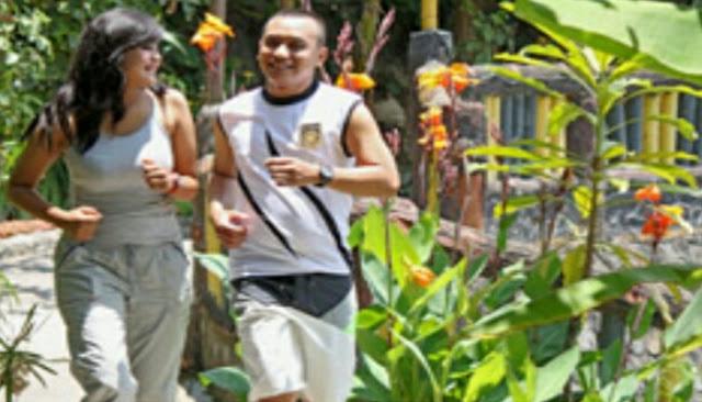 Olahraga jogging di wisata danau dariza garut