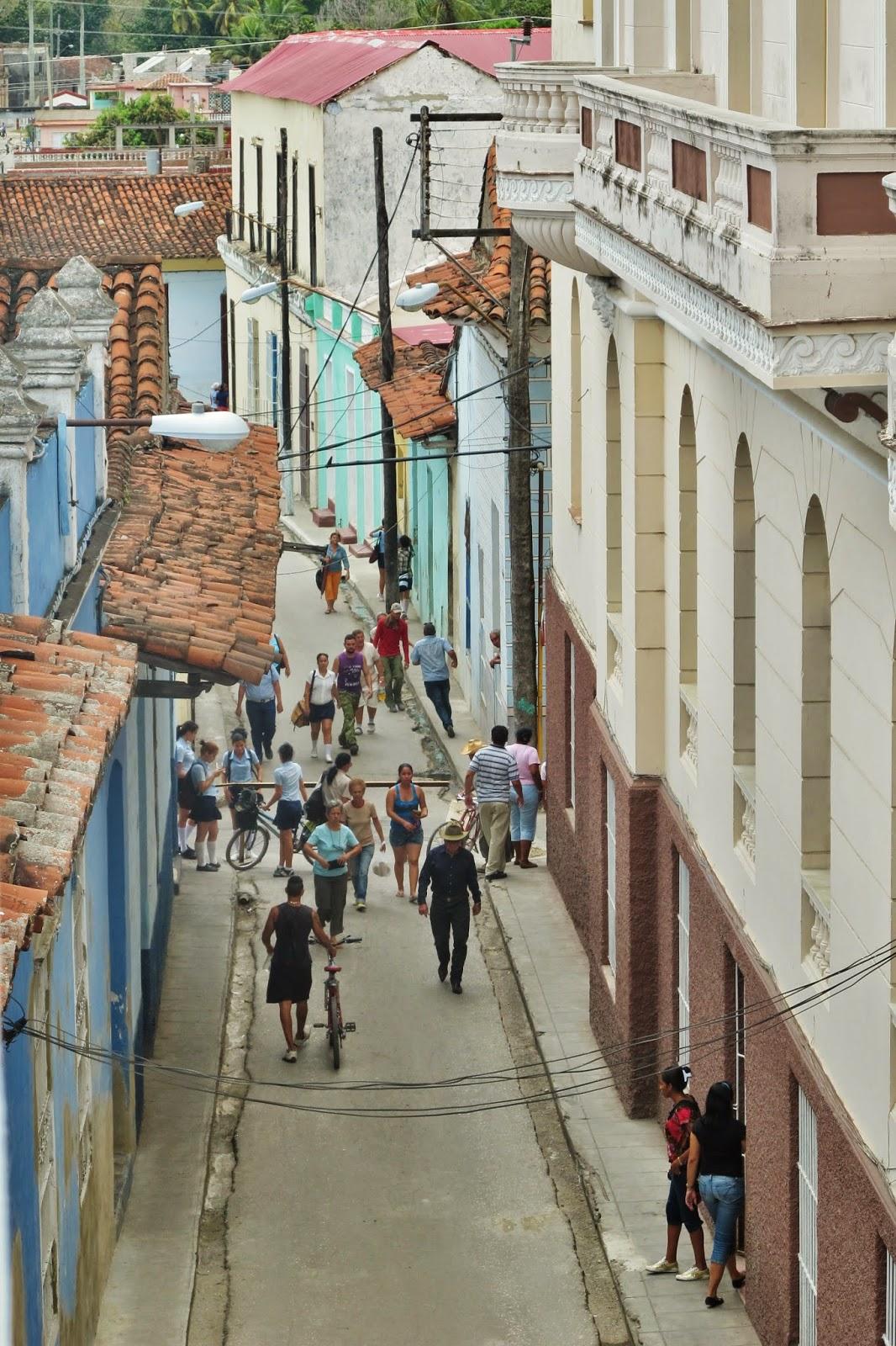 Centro comercial de Sanctu Spiritus, na região central de Cuba