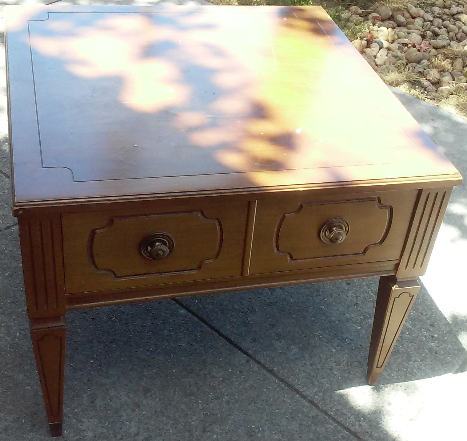 UHURU FURNITURE COLLECTIBLES SOLD Mersman End Table 20