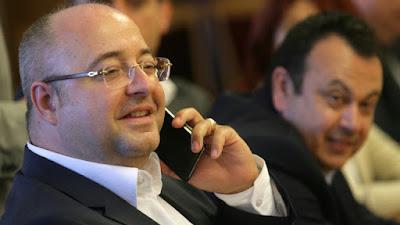 Единственият и незаменим лидер на нашата партия е господин Ахмед Доган.