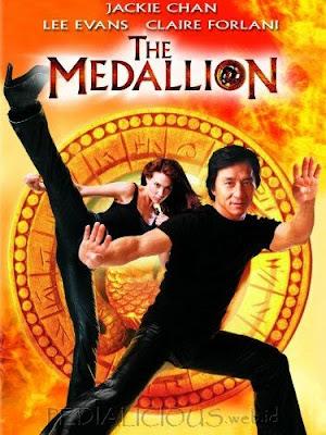 Sinopsis film The Medallion (2003)