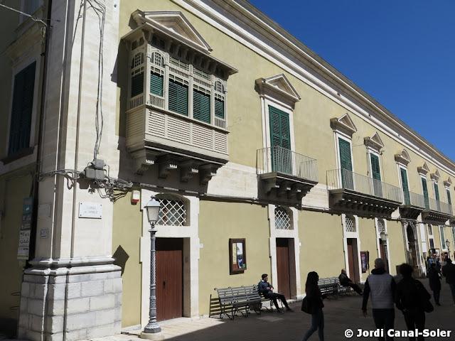 Palacio de los Arezzo de Spuches